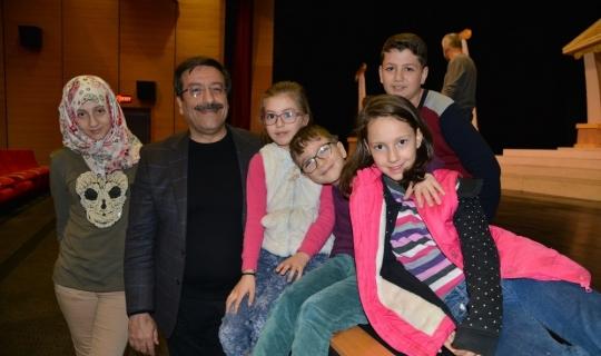 Başkan Atilla, Kültür ve Kongre Merkezindeki çalışmaları inceledi