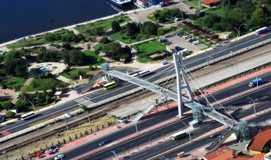 D-100'deki köprülere ilave merdiven ve asansör yapılacak