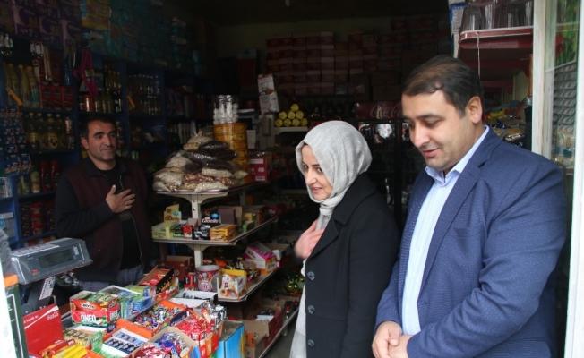 Cumhurbaşkanı Başdanışmanı Orhan, Bahçesaray'da vatandaşlarla buluştu
