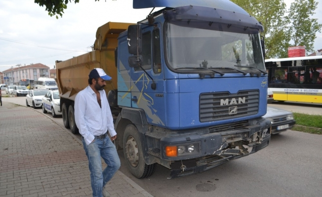 Freni boşalan kamyon dehşeti