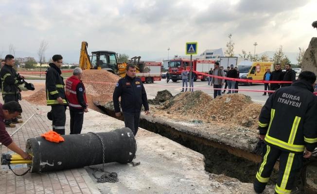 Bursa'da göçükte can pazarı