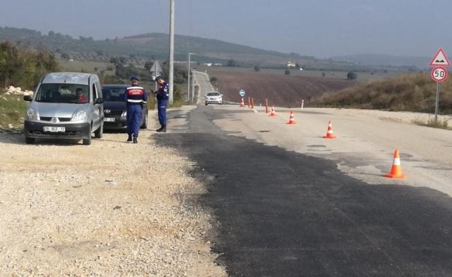 Jandarma bin personelle uygulama yaptı, 60 kişiyi yakaladı