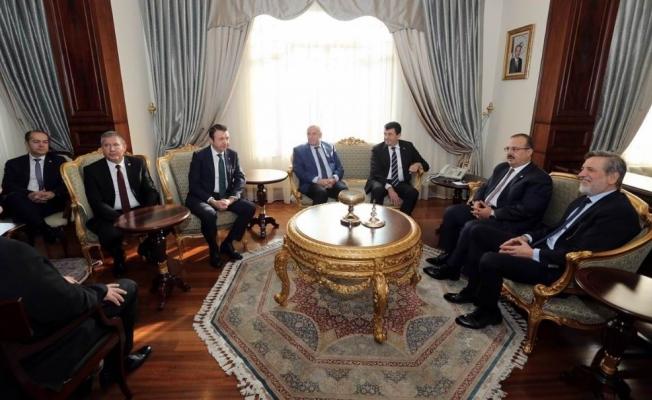 """Vali Canbolat: """"Bursa'ya değer katan projeleri ortak akılla hayata geçireceğiz"""""""