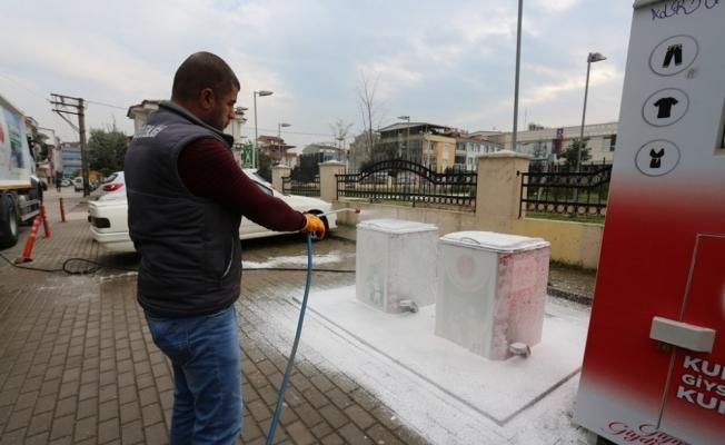 Gürsu'da yeraltı çöp konteynerleri temizleniyor