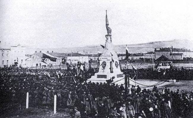 (Özel) Rusların Kars'a diktiği anıtın görüntüleri ortaya çıktı