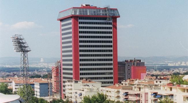 Tower Plaza yıkılıyor