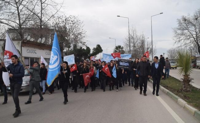Bursa'da Doğu Türkistan'daki Çin zulmü protesto edildi