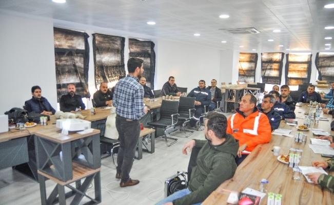 Karacabey Belediyesi çalışanlarına ilk yardım semineri