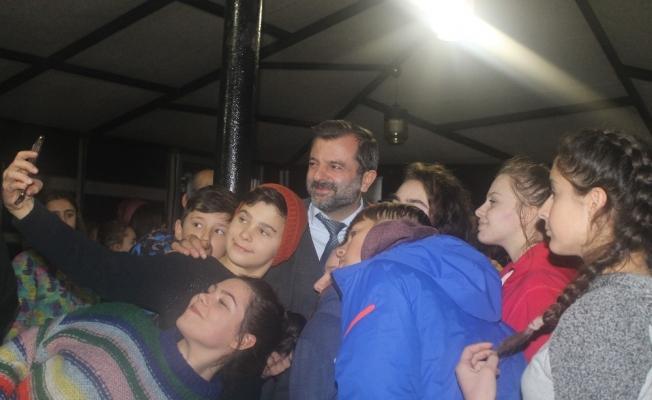 Makedon öğrenciler Adrenalin Park'ta kampa girdi