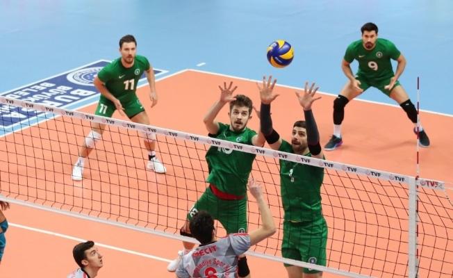 TVF Erkekler 1. Ligi: Bursa Büyükşehir Belediyespor: 3 - Bigadiç Belediyesi: 0