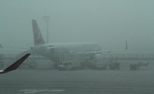 Yoğun sis nedeniyle uçaklar Yenişehir'e mecburî iniş yapmaya devam ediyor