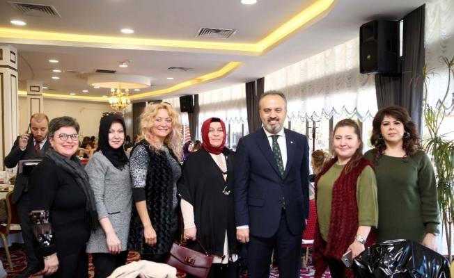 Başkan Aktaş, kadın esnaflarla buluştu