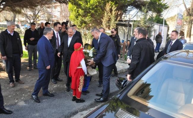 """Kültür ve Turizm Bakanı Ersoy: """"İznik'in dünya kalıcı miras listesine girmesi için ne gerekiyorsa yapacağız"""""""