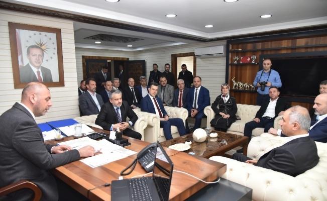 AK Parti heyeti Cumhur İttifakı'nın belediye başkanlarını ziyaret etti