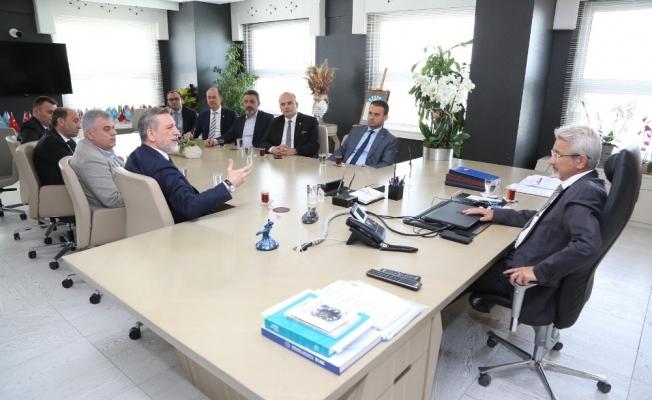 BTSO yönetiminden Başkan Erdem'e hayırlı olsun ziyareti