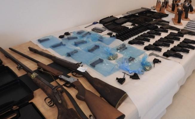 Bursa'da silah ticareti yapanlara operasyon: 23 gözaltı