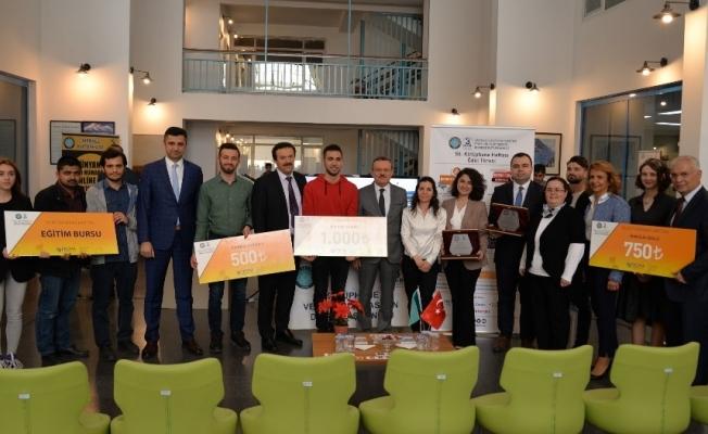 BUÜ'de 55. Kütüphane Haftası ödülleri dağıtıldı