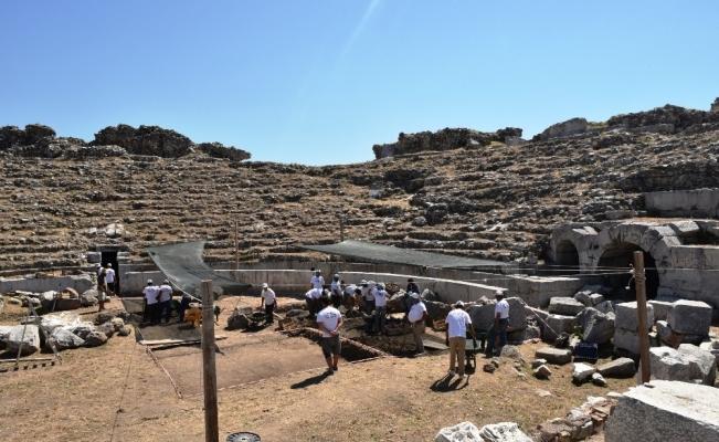 İznik Roma Tiyatrosu'nda büyük keşif