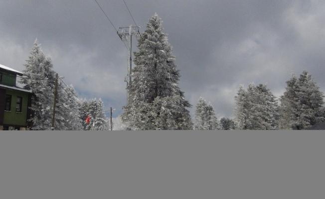 Uludağ'da kar kalınlığı 39 santimetreye ulaştı