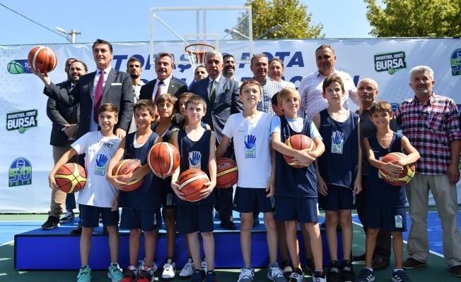 50 Basketbol Sahasının İlki Osmangazi'de Açıldı