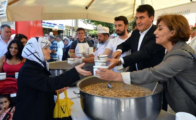 Osmangazi'de Aşureler Başkan Dündar'dan