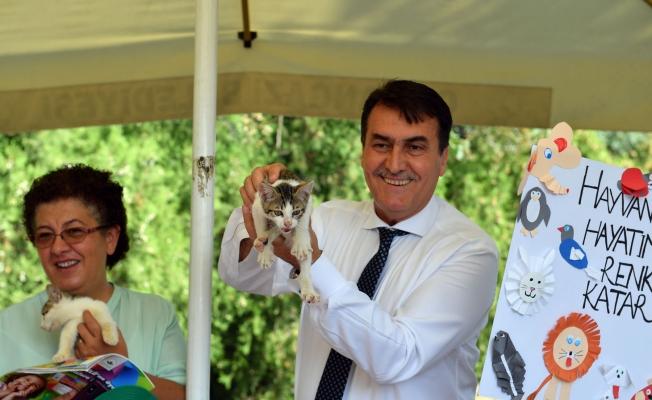 Başkan Dündar, Hayvanları Koruma Gününde Öğrencilerle Buluştu