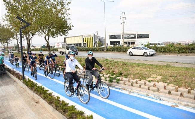 İnegöl'ün İlk Bisiklet Yolu Bisiklet Etkinliği İle Hizmete Girdi