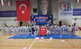 Bayrampaşa'da kış spor okulları başladı