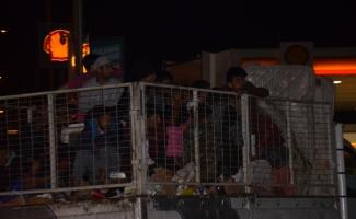 Kaçak göçmenleri tuvalet molası yakalattı