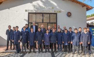 Karacabey'de eğitime destek sürüyor