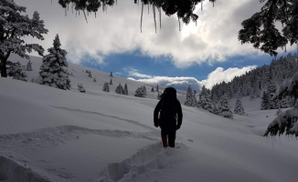 Uludağ'da kar kalınlığı 171 santimetreye ulaştı.