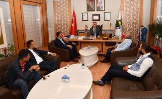"""""""Her Taksici Belediye Başkanını Temsil Eder"""""""