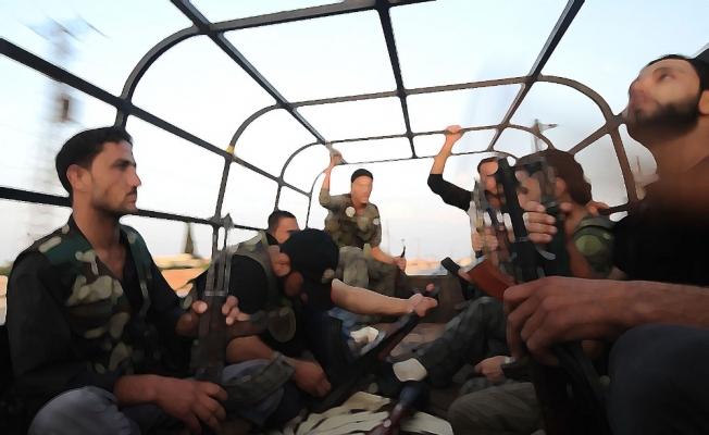 Suriye Devlet Televizyonu: Esed birlikleri Afrin'e giriyor
