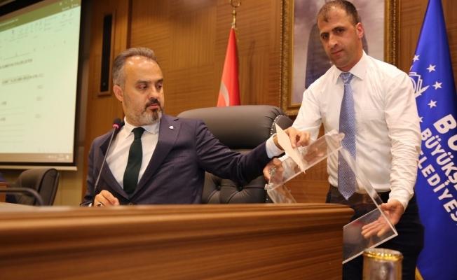Bursa Büyükşehir Belediyesi'nde başkan vekilleri ve komisyon üyeleri belli oldu