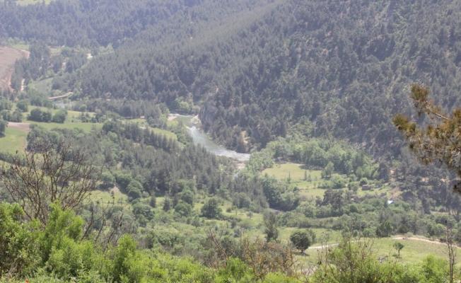 Bursa ve Balıkesir'in ortak saklı cenneti paylaşılamıyor