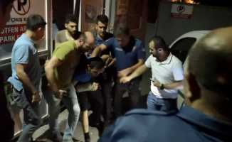 Hastaneden kaçan baba-oğul hırsızlar ağaçta sallanırken yakalandılar